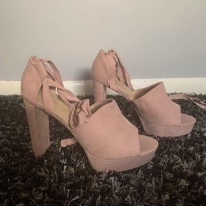 Light pink chunky heels, shoe dazzle size 9